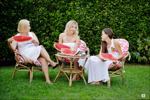 Family photoshoot in Tuscany of Irina, Vika and Evdokia, Wedding and Fashion Photographer in Italy Hanna Baranava
