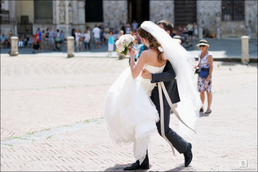 Destination wedding in Tuscany of Svetlana and Vassily, Wedding and Fashion Photographer in Italy Hanna Baranava