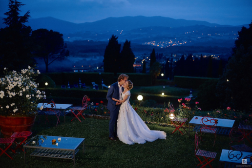 Destination wedding in Tuscany of Yana and Alex, Wedding and Fashion Photographer in Italy Hanna Baranava